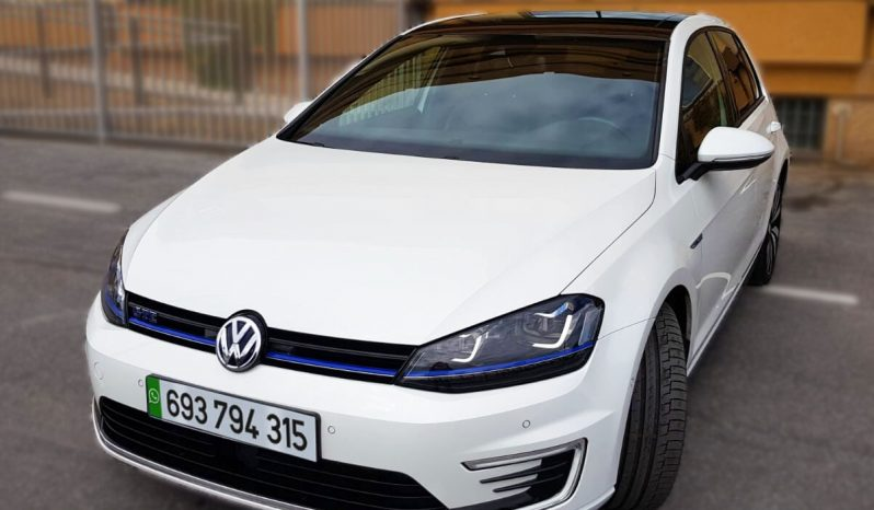 WV Golf GTE Híbrido Enchufable Todos los Extras Posibles completo